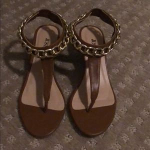 NWT JustFab Zahra Sandals - 5.5
